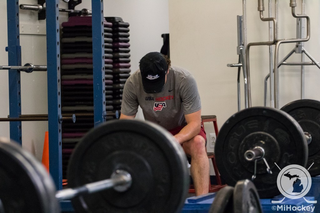Brody Stevens during a training session with Darryl Nelson at Advantage Strength. (Photo by Michael Caples/MiHockey)