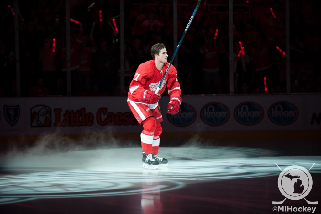 Larkin during the Red Wings' opening-night ceremony at Joe Louis Arena to kick off the 2015-16 season. (Photo by Jen Hefner/MiHockey)