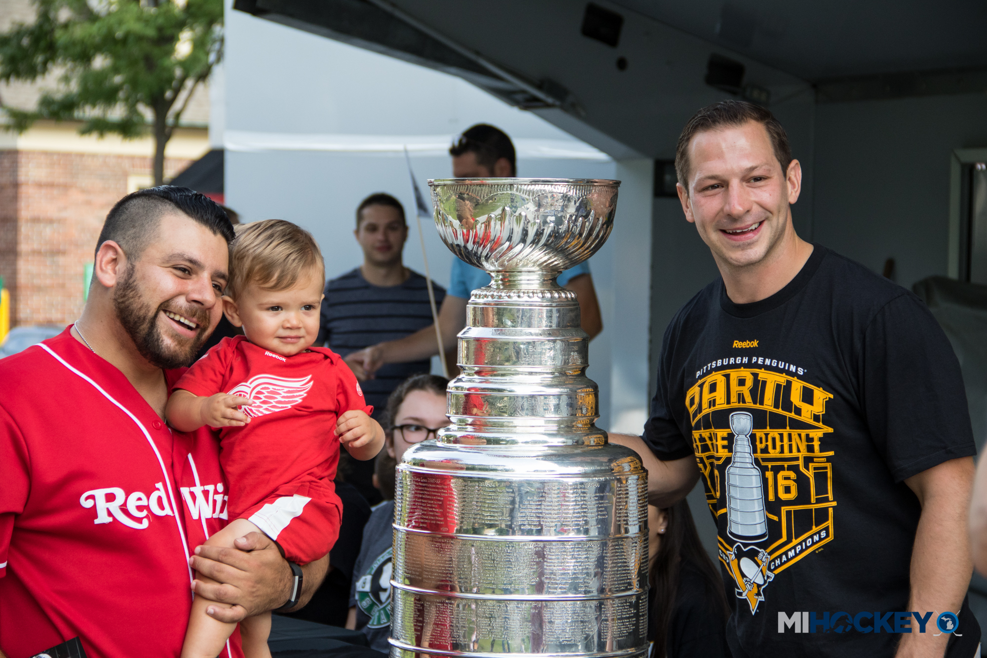 Kevin Porter brings the Stanley Cup to downtown Plymouth